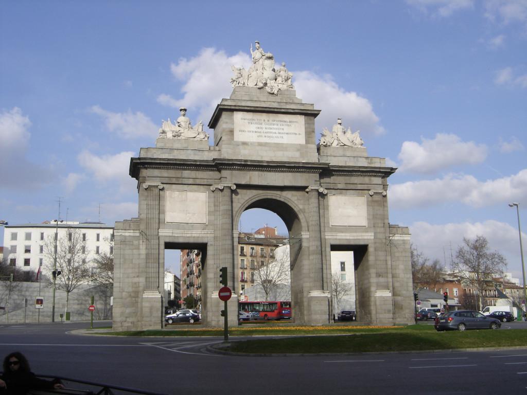 Cara sur Puerta de Toledo de Madrid