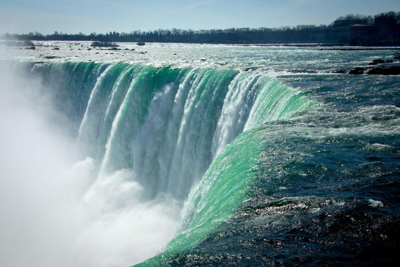Cataratas del Niagara Caída