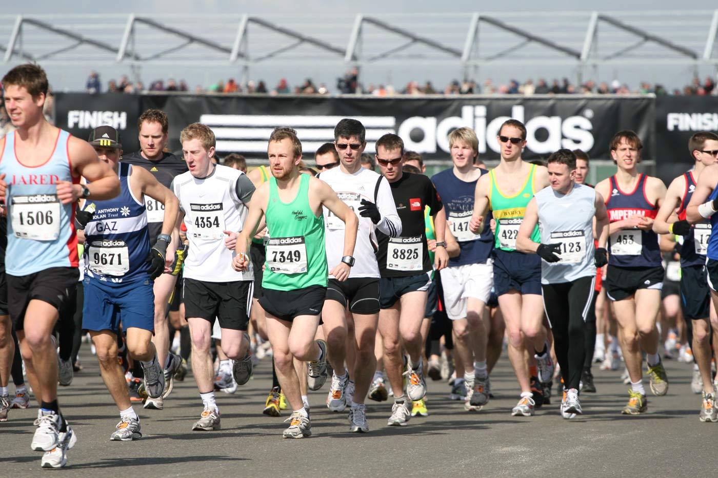 media maraton adidas