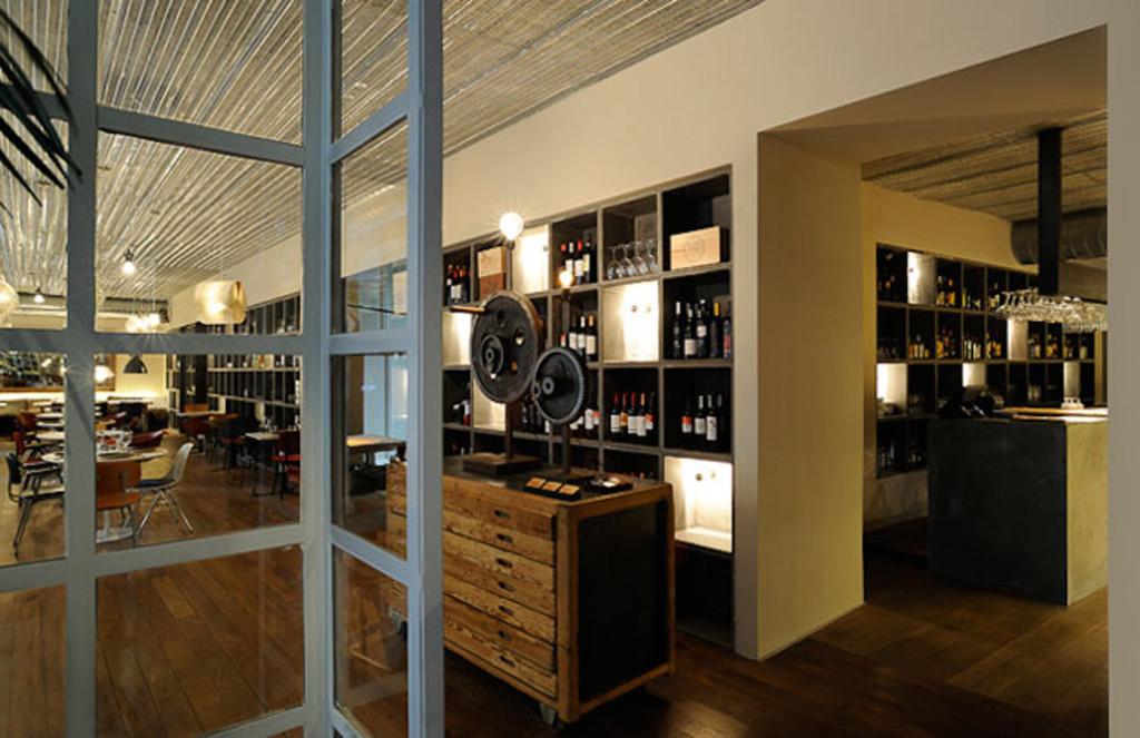 interior-bar-tomate