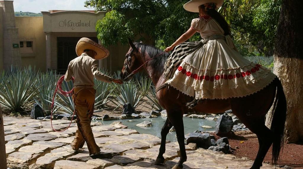 montando-caballo-tequila-jalisco